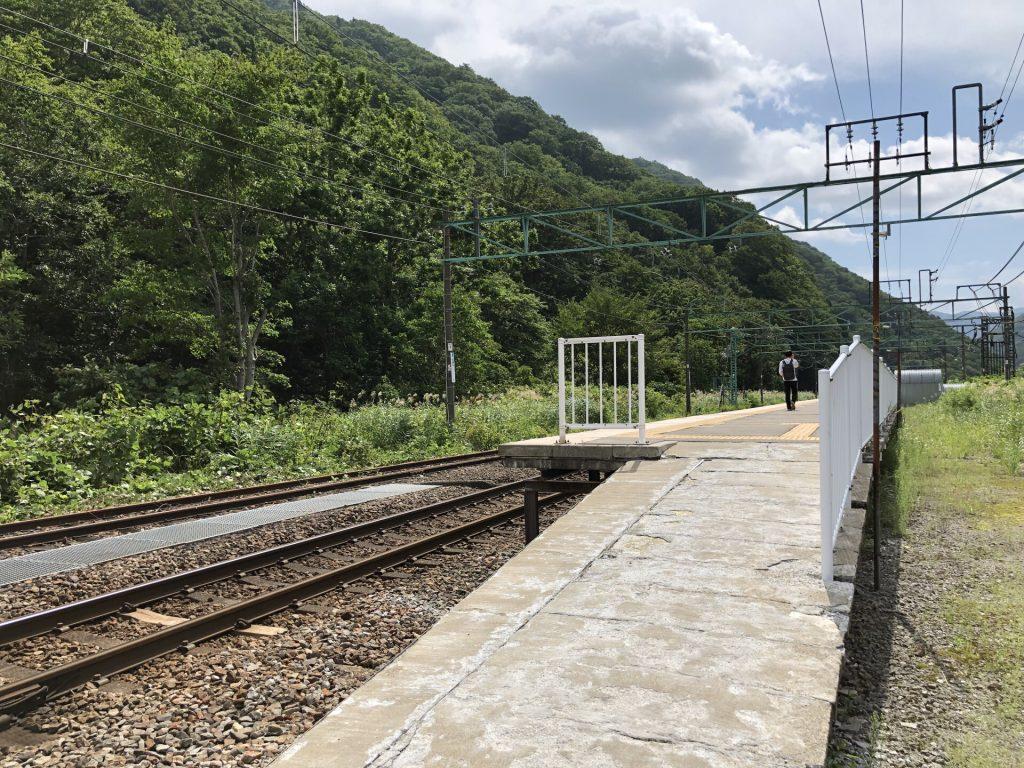 土合駅 上り線ホーム
